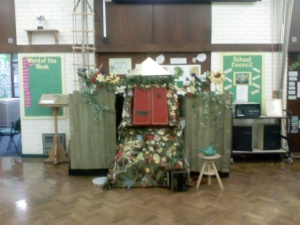 Thurtinkle's house in a school hall.