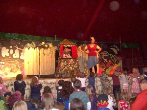 Thurtinkle and Shakera performing in the Big Top