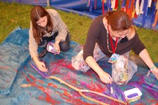 glitter-trees-glastonbury-dna-puppetry-12